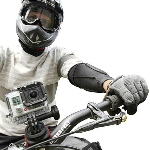 manubrio con telecamera sostenuta da CamOn Klickfix